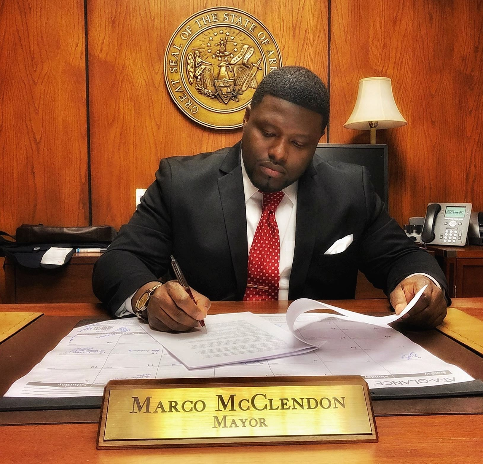 Mayor Marco McClendon, Mayor of West Memphis, The City of West Memphis, Desk