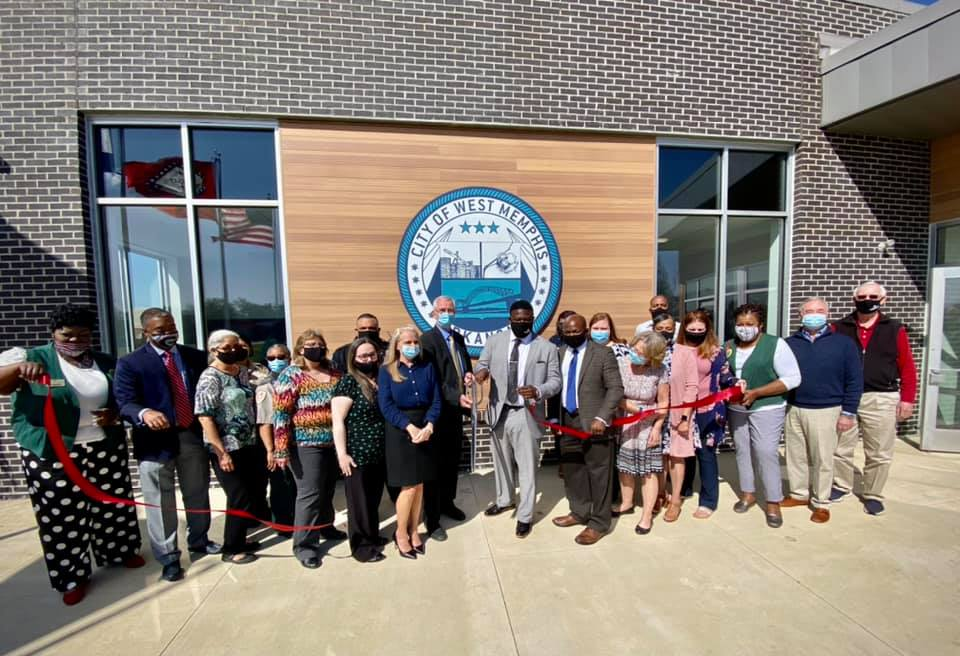 West Memphis District Courthouse ribbon cutting